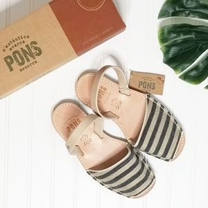 NWT Pons by Avarcas Striped Canvas Sandals 10